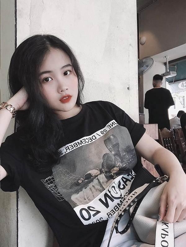 Bạn gái hotgirl của Đoàn Văn Hậu tung ảnh bikini khiến fan xuýt xoa-11