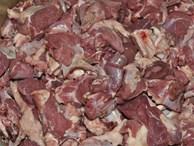 Nhìn vào 3 điểm này, chị em có thể nhận biết được mình có mua nhầm thịt lợn chết không?