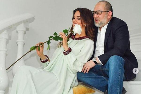 HOT: Nữ hoàng sắc đẹp Nga ly dị cựu vương Malaysia sau 1 năm kết hôn, khi vừa sinh con được 2 tháng-2