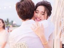 Trường Giang - Nhã Phương hé lộ loạt ảnh cực đẹp sau gần 1 năm kể từ lễ đính hôn bí mật