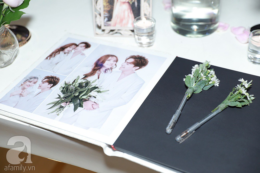 Không gian tiệc cưới ấm cúng, ngập tràn hoa tươi của Thu Thủy và ông xã kém 10 tuổi-10