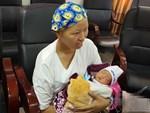 Nụ cười hạnh phúc của mẹ Liên: Bình An ngủ ngoan nhé, mẹ đi bệnh viện rồi sẽ sớm về nhà chơi với con-18