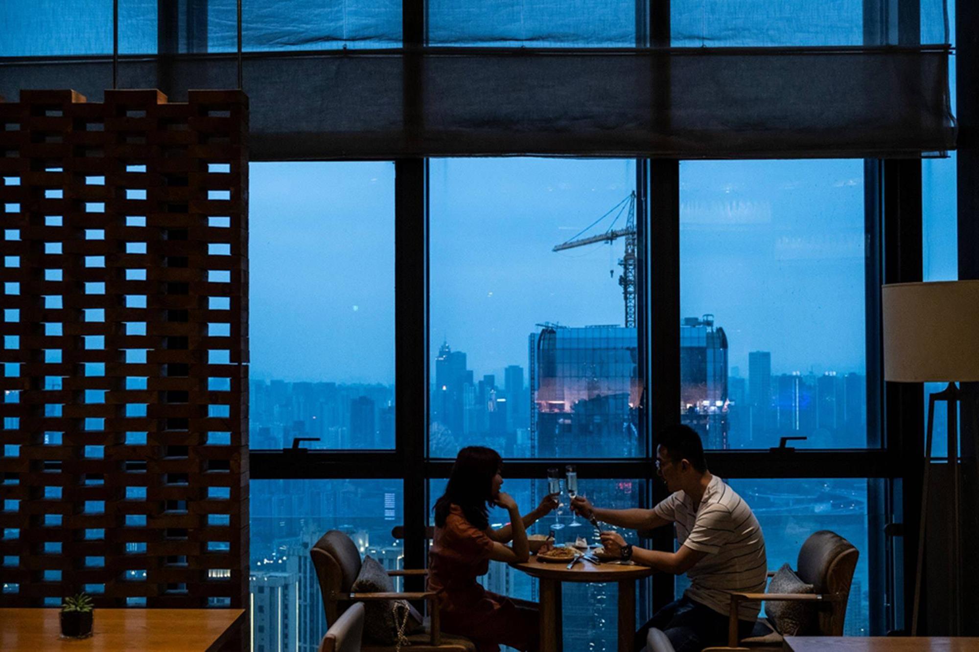 Phụ nữ Trung Quốc bất mãn trước áp lực nghỉ làm, ở nhà sinh con-4