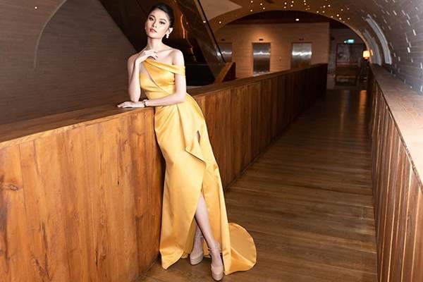 Á hậu Thuỳ Dung gợi cảm làm MC vào ngày kỷ niệm 500 ngày yêu với bạn trai-2