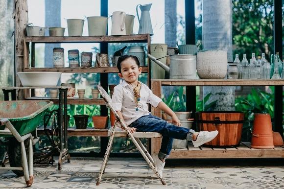 Con trai Khánh Thi - Phan Hiển đốn tim fan trong bộ ảnh mừng sinh nhật 4 tuổi đáng yêu-2