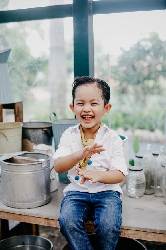 Con trai Khánh Thi - Phan Hiển đốn tim fan trong bộ ảnh mừng sinh nhật 4 tuổi đáng yêu-3