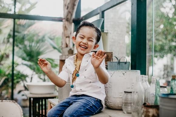 Con trai Khánh Thi - Phan Hiển đốn tim fan trong bộ ảnh mừng sinh nhật 4 tuổi đáng yêu-6
