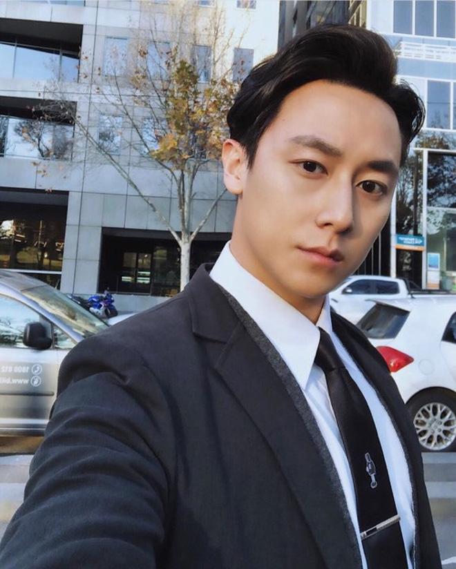 Rocker Nguyễn lên tiếng khẳng định mối quan hệ với Hoàng Thùy giữa tin đồn bí mật hẹn hò?-6
