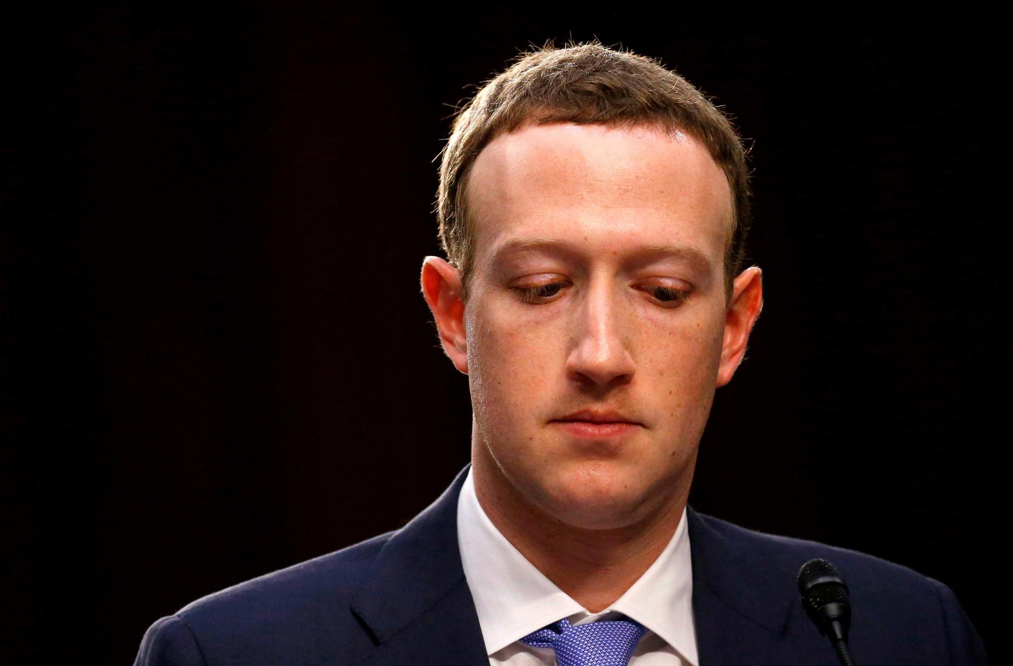 Thượng nghị sĩ Mỹ cảnh báo: Ứng dụng biến trẻ thành già FaceApp siêu hot hiện nay tiềm ẩn nguy cơ thu thập thông tin, hình ảnh trái phép-3