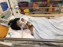 Nữ sinh Đại học Quốc gia gặp tai nạn phải cấp cứu trên đường đi học về, mẹ cầu cứu cộng đồng mạng giúp đỡ