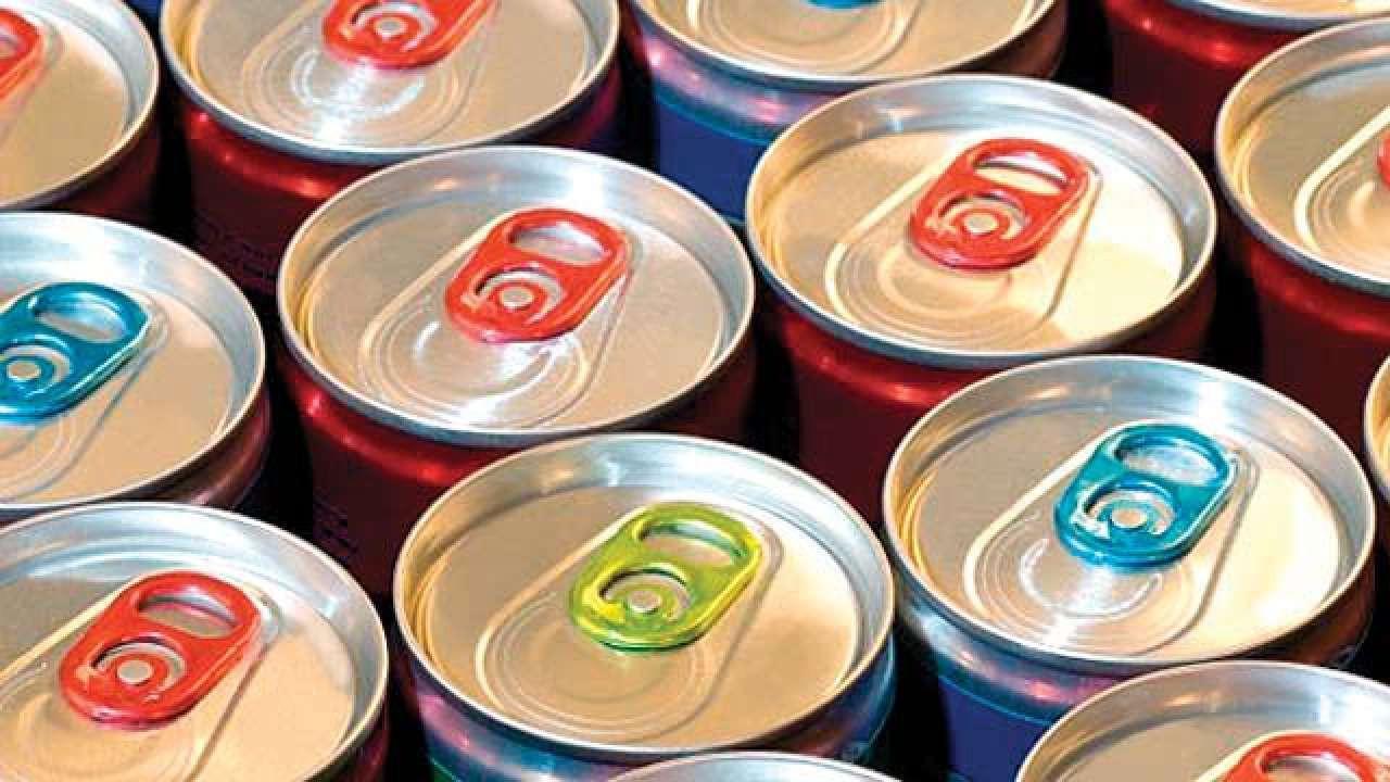 2 người tử vong do uống quá nhiều nước tăng lực: Lời cảnh báo không thừa cho những ai liên tục uống thức uống này-1