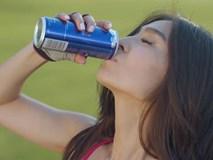 2 người tử vong do uống quá nhiều nước tăng lực: Lời cảnh báo không thừa cho những ai liên tục uống thức uống này