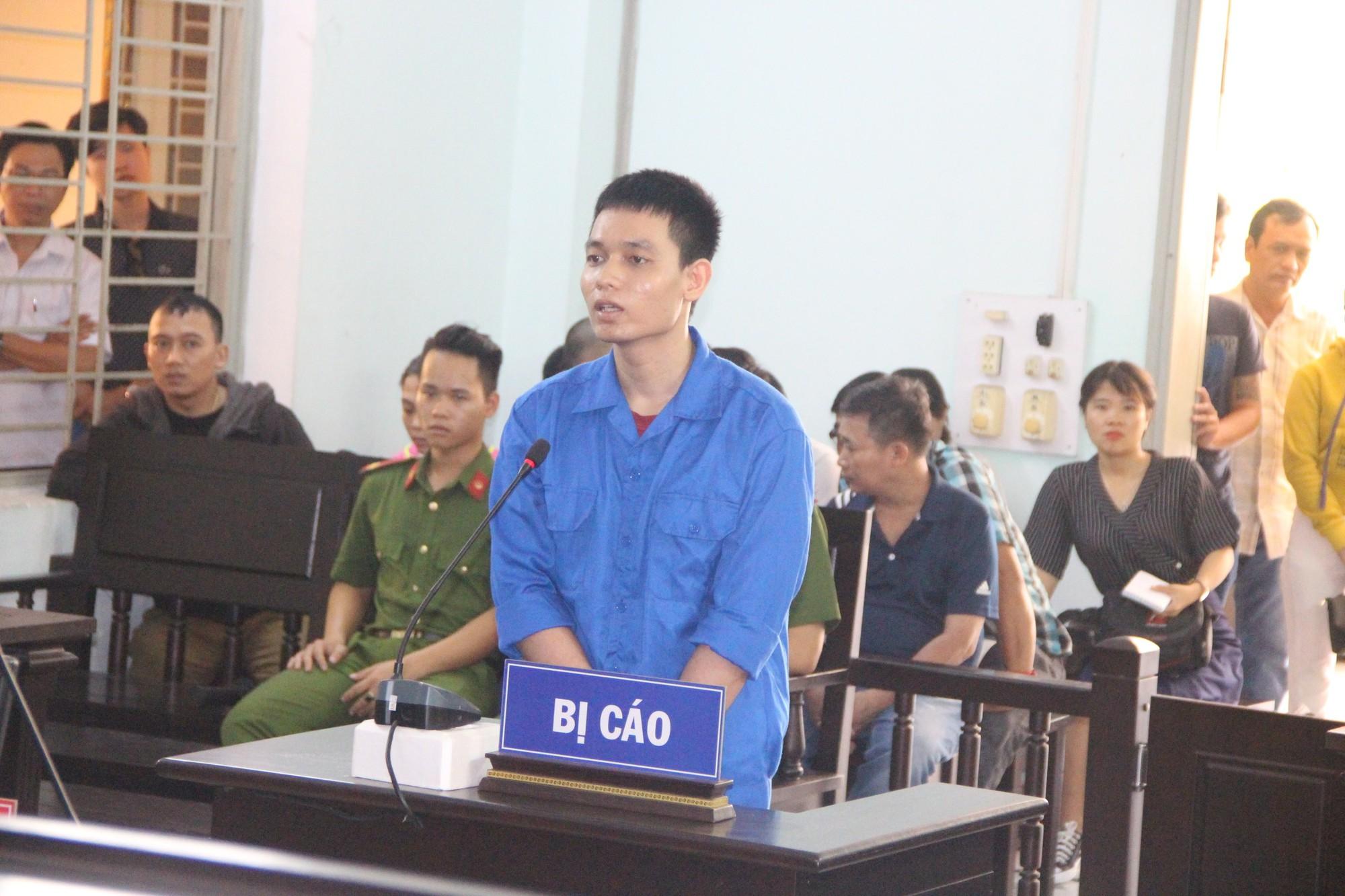 Cựu thiếu úy công an tạt axit vợ sắp cưới vì cuồng ghen ở Đà Nẵng lãnh án 6 năm tù-1
