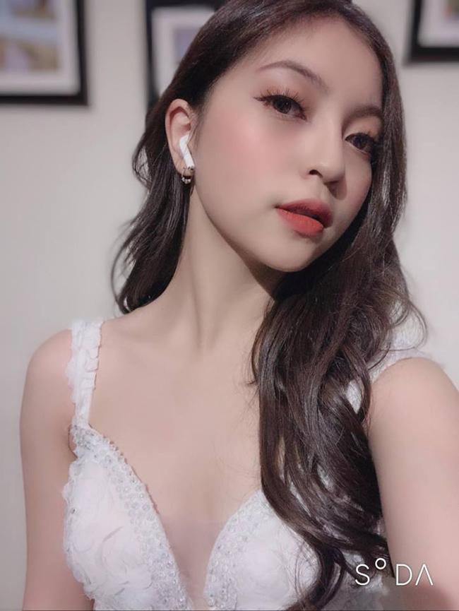 Bạn gái Quang Hải mỗi lần xuất hiện lại khiến mọi người phải trầm trồ-5