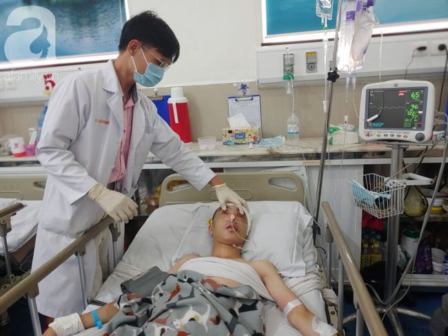 Con trai bị tai nạn dập não, bố chỉ nói câu đang bận rồi cúp máy, người mẹ nghèo bật khóc giữa bệnh viện-7