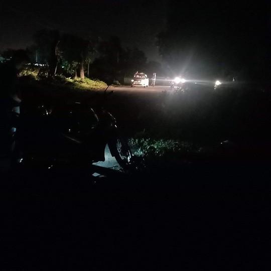 Tài xế taxi Vinasun bị cướp cứa cổ vẫn cố chạy đến gần nhà dân kêu cứu-1