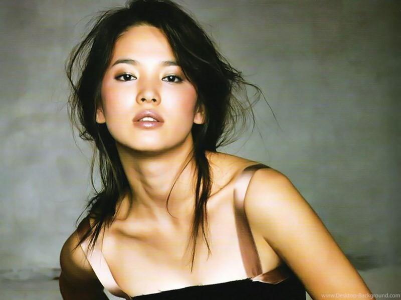 Đâu phải bây giờ mới táo bạo, Song Hye Kyo từng có những khoảnh khắc khoe vòng 1 đầy đặn nóng bỏng thế này cơ mà-8