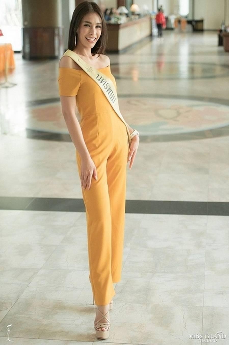 Body nóng bỏng của tân hoa hậu đang bị tẩy chay dữ dội ở Thái Lan-10