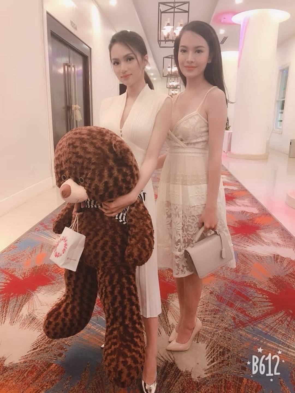 Vẻ nóng bỏng của người đẹp chuyển giới bị từ chối hồ sơ tại Hoa hậu Hoàn vũ Việt Nam-10