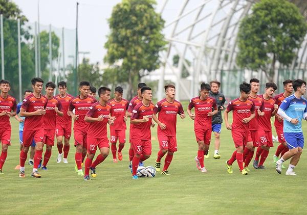 Thầy Park lại gạt Quang Hải, Văn Hậu khỏi U23 Việt Nam-1
