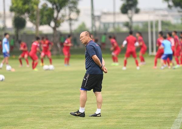 Thầy Park lại gạt Quang Hải, Văn Hậu khỏi U23 Việt Nam-2