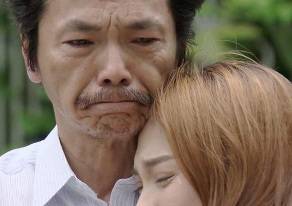 Trung Anh bị ám ảnh, khóc khi thấy cảnh ông Sơn đón Thư về trong Về nhà đi con-1
