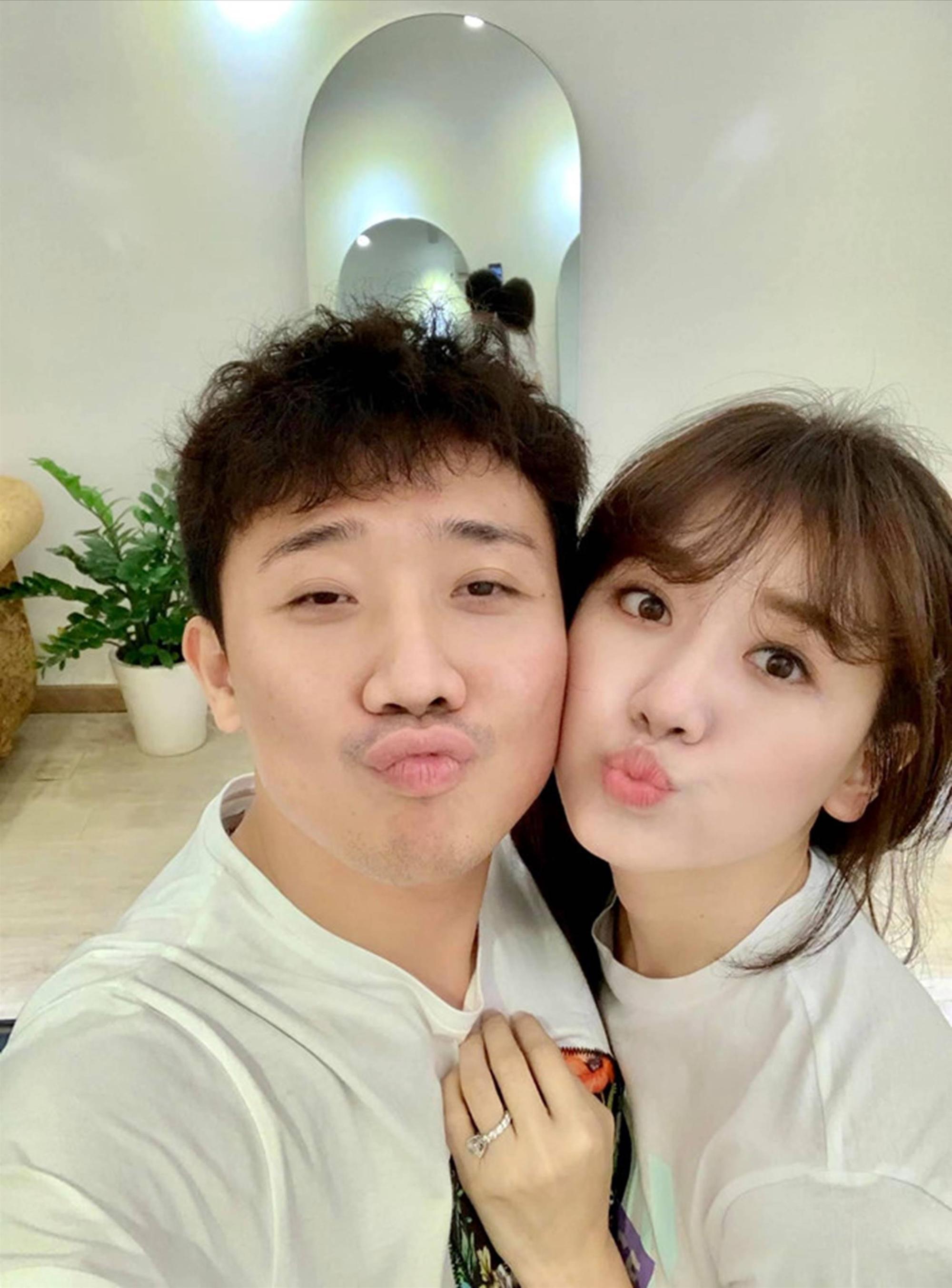 Ảnh đời thường ngọt ngào của Trấn Thành và Hari Won-3