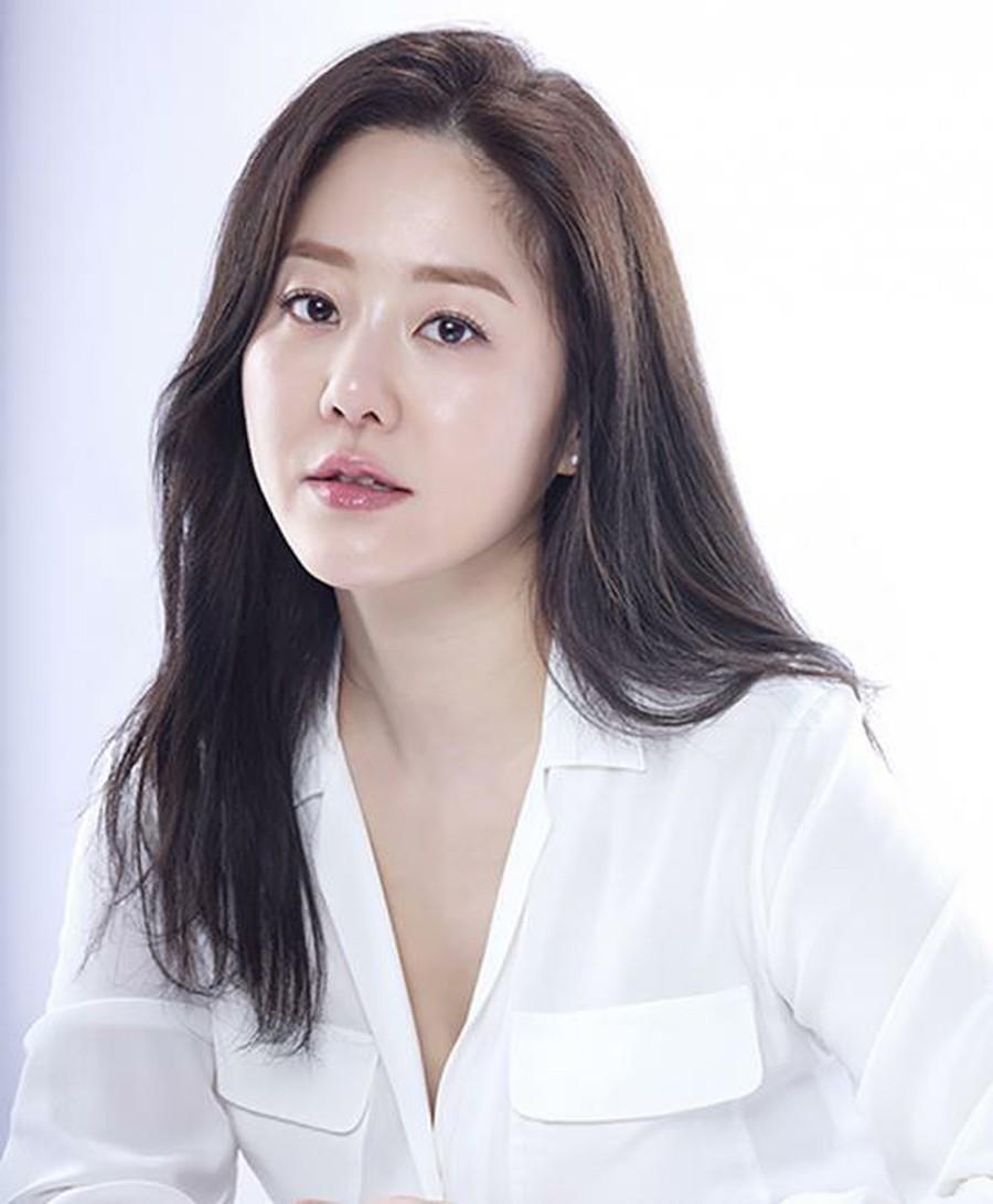 Lời khuyên kim cương từ các sao nữ Hàn: 7 bí kíp skincare có thể mang đến cho bạn làn da đẹp căng giống họ-3