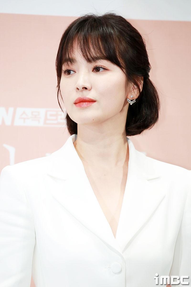 Lời khuyên kim cương từ các sao nữ Hàn: 7 bí kíp skincare có thể mang đến cho bạn làn da đẹp căng giống họ-4