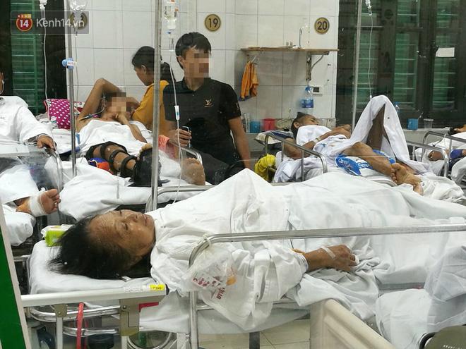 Cụ bà bị chó dữ tấn công ở Hà Nội phải khâu 30 mũi, kể lại giây phút ám ảnh khi đối mặt với tử thần-3