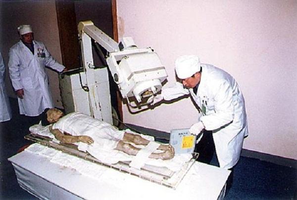 Câu chuyện bí ẩn về xác ướp vị phu nhân Trung Hoa kỳ lạ nhất thế giới: 2.000 năm tuổi da vẫn mềm, tóc vẫn xanh, có máu chảy trong tĩnh mạch-7