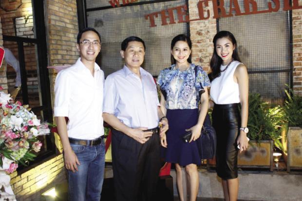 Chặng đường 10 năm từ yêu đến cưới của Tăng Thanh Hà và Louis Nguyễn: Cổ tích đời thường là đây chứ đâu!-4