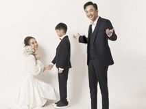 Cường Đôla hôn vợ say đắm trong loạt ảnh cưới mới, bé Subeo thân thiết nắm tay mẹ kế