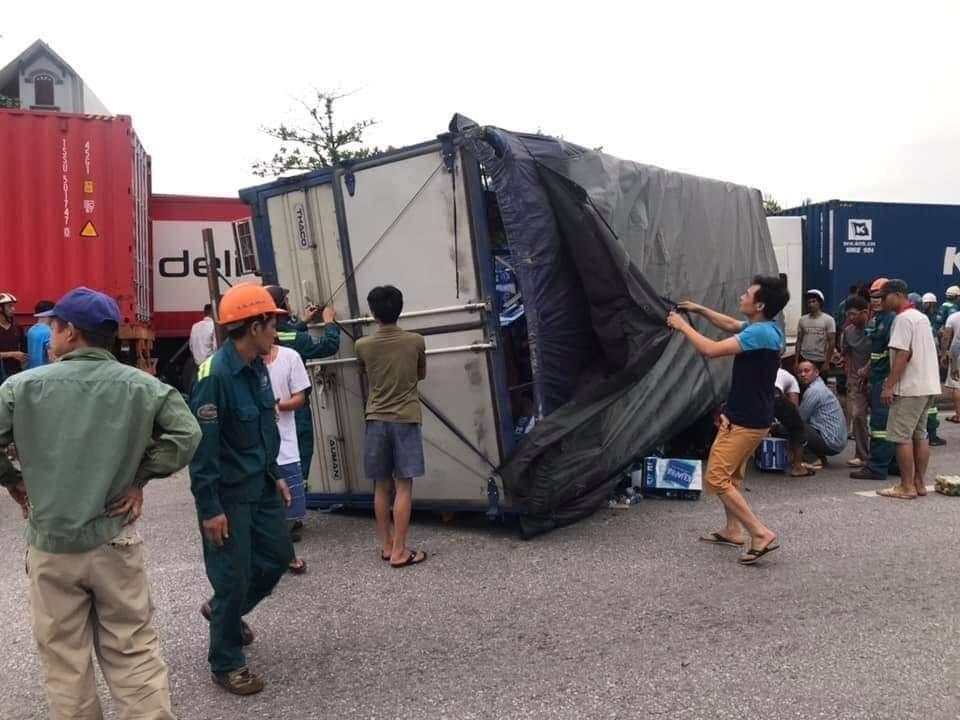 Hiện trường vụ tai nạn 5 người bị xe tải đè chết ở Hải Dương-5