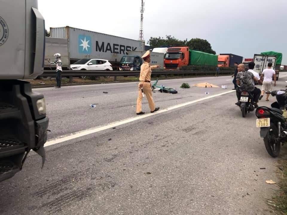 Hiện trường vụ tai nạn 5 người bị xe tải đè chết ở Hải Dương-6