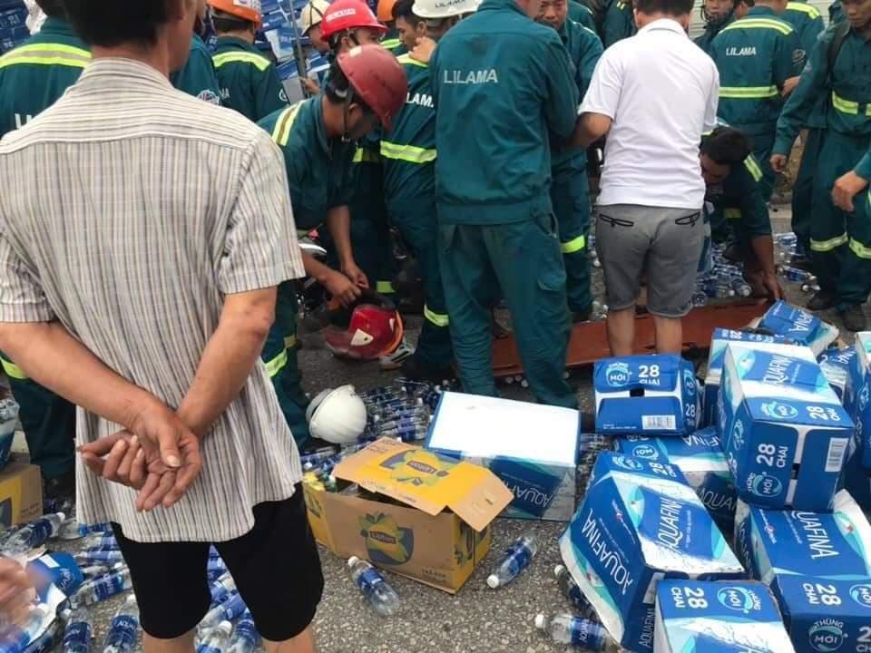 Hiện trường vụ tai nạn 5 người bị xe tải đè chết ở Hải Dương-8