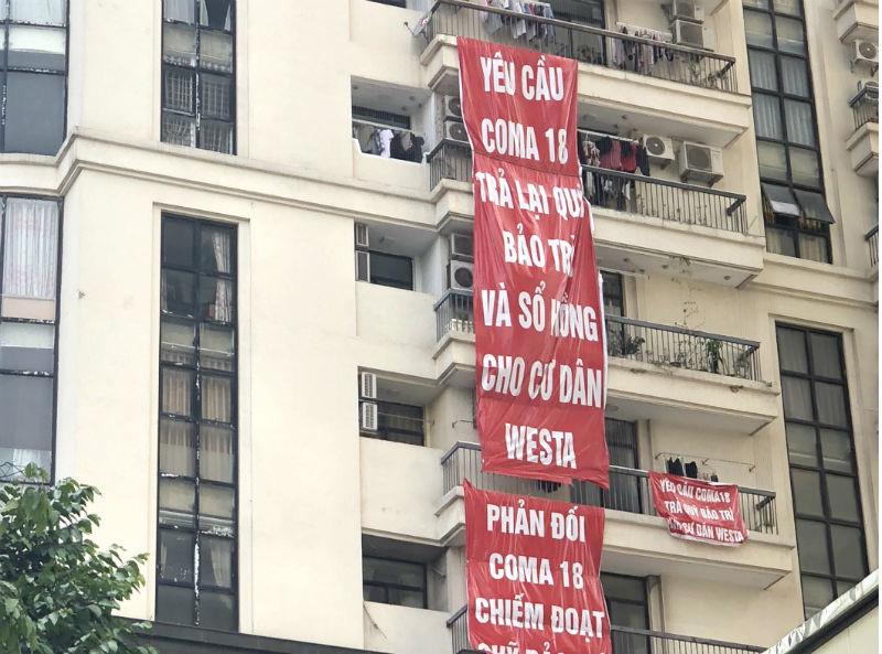 Tụ tập, treo biểu ngữ phản đối, dân chung cư cùng đường đòi quyền lợi-3