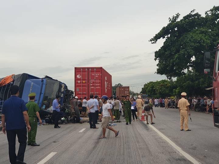 Hiện trường vụ tai nạn 5 người bị xe tải đè chết ở Hải Dương-14