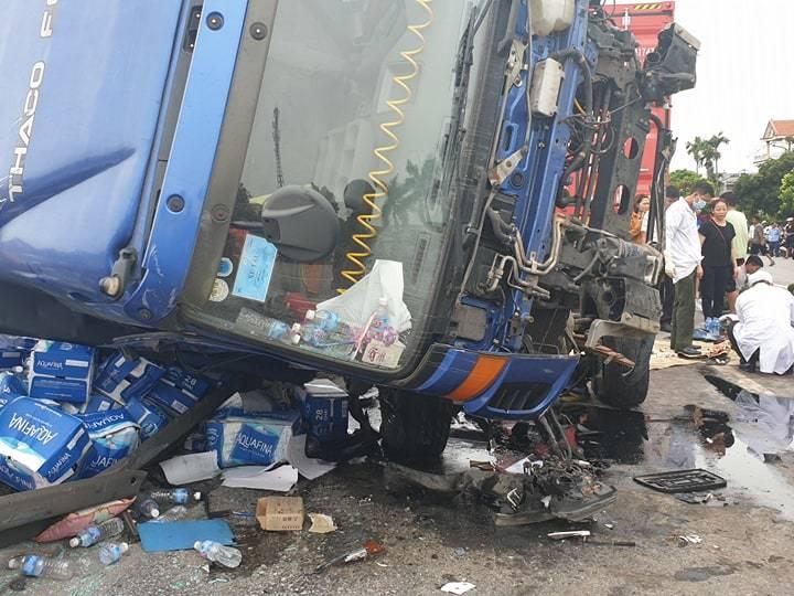 Hiện trường vụ tai nạn 5 người bị xe tải đè chết ở Hải Dương-18