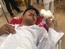 Người chồng ứa nước mắt khi tỉnh dậy trong bệnh viện sau vụ lật xe ở Hải Dương: