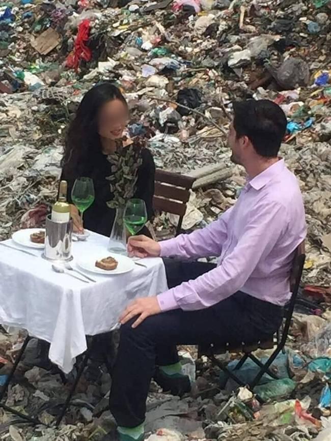 Buổi hẹn hò siêu sốc: Chàng trai thử thách bạn gái bằng cách mời ăn ở bãi rác, hội chị em khiếp vía tranh cãi nảy lửa-3