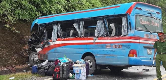 Vụ xe khách đâm xe đầu kéo ở Tuyên Quang: Nạn nhân là giáo viên Hải Phòng đi từ thiện-1