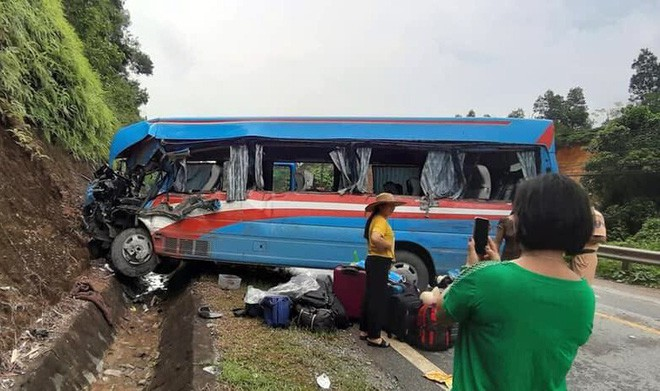 Vụ xe khách đâm xe đầu kéo ở Tuyên Quang: Nạn nhân là giáo viên Hải Phòng đi từ thiện-3