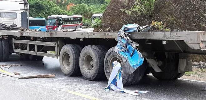 Vụ xe khách đâm xe đầu kéo ở Tuyên Quang: Nạn nhân là giáo viên Hải Phòng đi từ thiện-6
