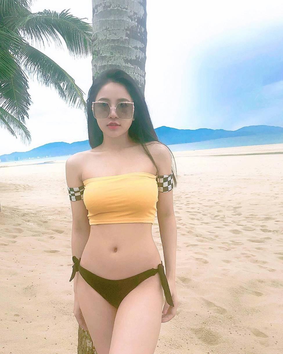 Hot girl World Cup: Người bị chê sexy quá đà, người lao đao vì lộ clip nóng-17