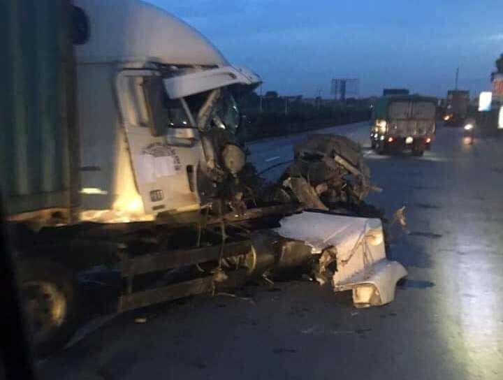 Lại tiếp tục xảy ra tai nạn trên Quốc lộ 5, cách hiện trường vụ 6 người bị xe tải tông chết chỉ 500m-2