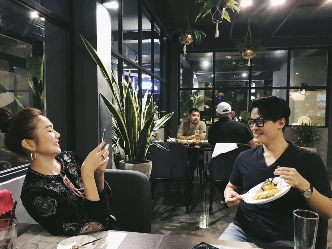 Hà Anh Tuấn tăng cân, phát tướng rõ rệt trong tiệc mừng Thanh Hằng bước sang tuổi mới-5
