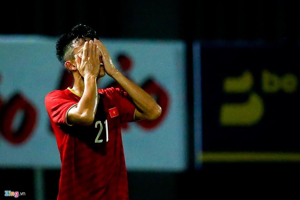 HLV Park phản ứng mạnh khi U23 Việt Nam không ghi bàn suốt 2 hiệp-5
