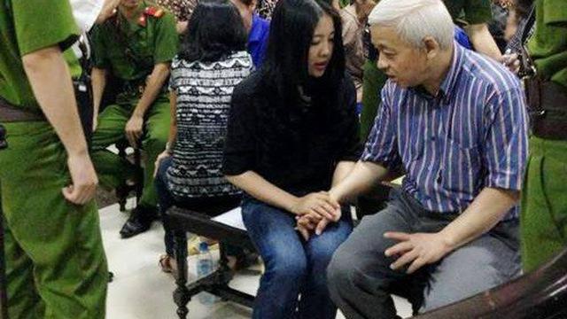 Thoát bóng vợ Bầu Kiên thoái lui, Vietbank tính làm vụ lớn-2