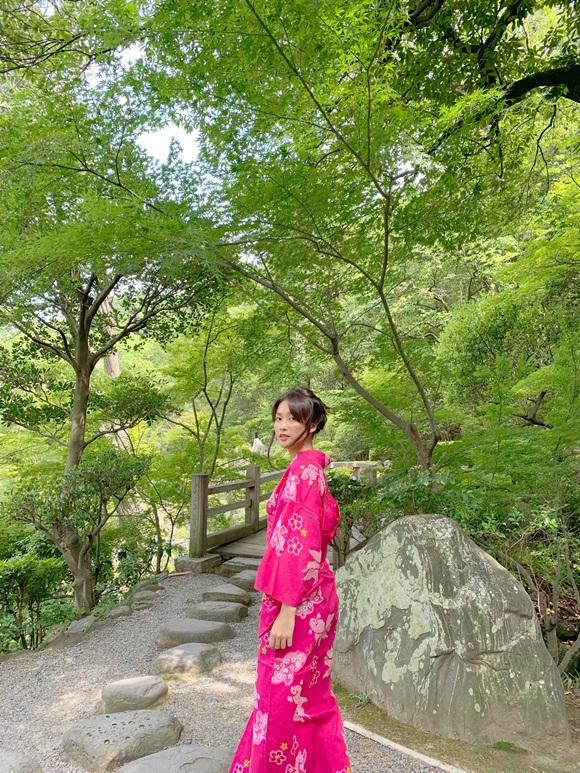Khả Ngân khoe mặt mộc nhẹ nhàng vẫn được khen xinh như gái Nhật-10